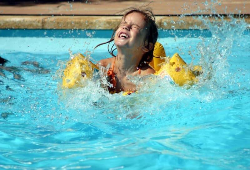 Villas, piscine et enfants: les précautions à prendre